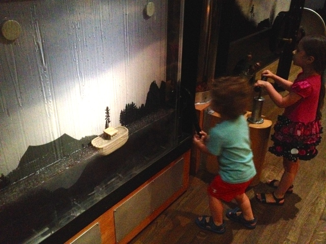Kids make the flood, Noah's Ark, Skirball, LA, 2015